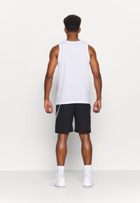 Nike Performance - M FLX GFX - Sports shorts - black - 2