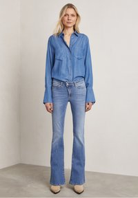 Hunkydory - Bootcut jeans - used light blue - 1
