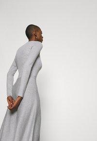 Anna Field - Strikket kjole - light grey melange - 3