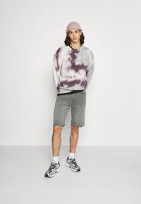 Edwin - Denim shorts - grey denim - 1