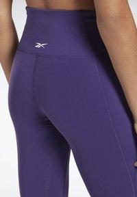 Reebok - LUX SPEEDWICK LEGGINGS - Leggings - purple - 3
