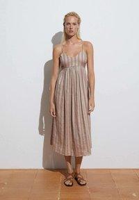 OYSHO - Day dress - brown - 0