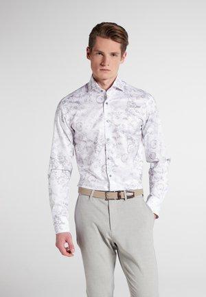 SLIM FIT - Zakelijk overhemd - grau/weiss