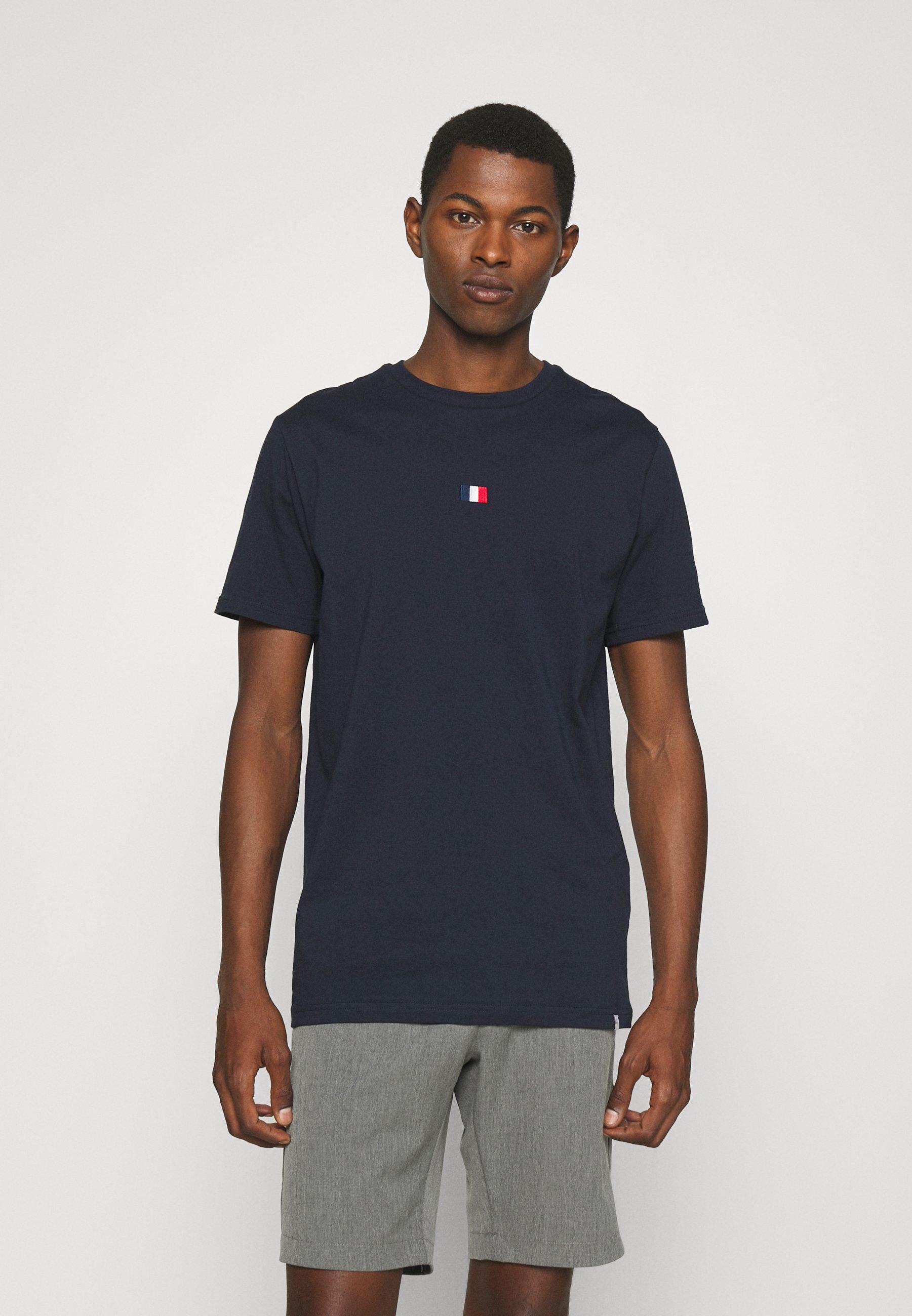 Men FLAG - Basic T-shirt