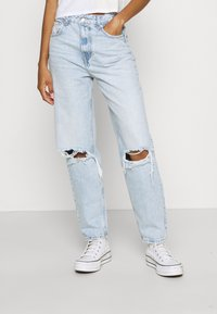 Gina Tricot - VINTAGE HIGH WAIST  - Jeans relaxed fit - light blue - 0