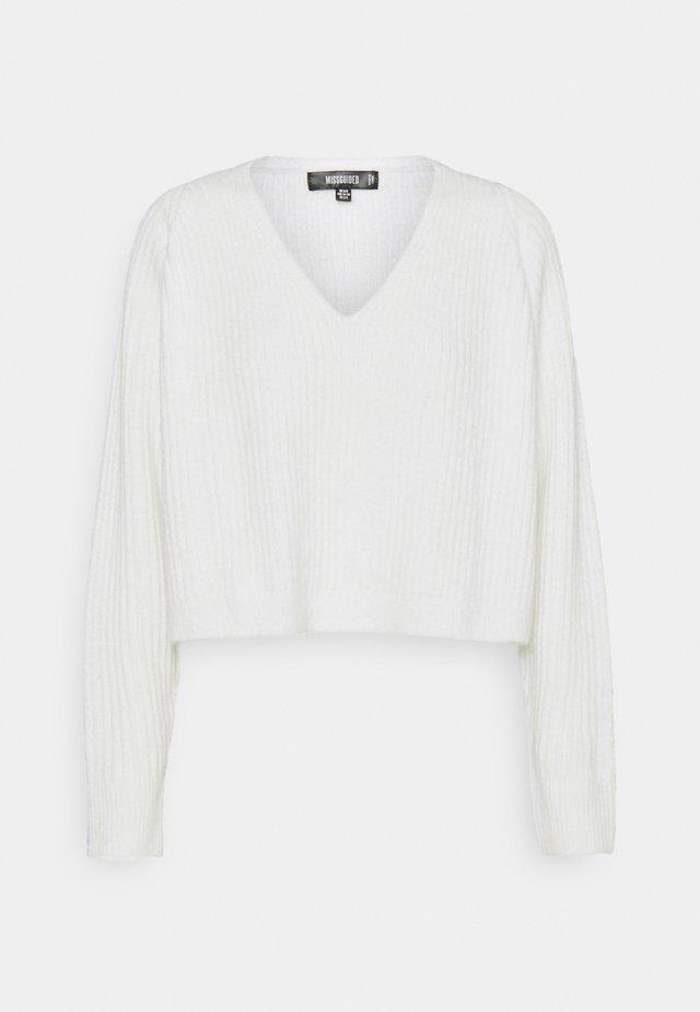 V NECK JUMPER - Pullover - white