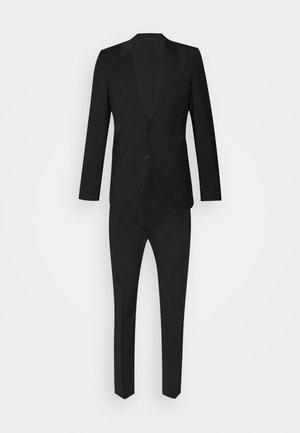 ANFRED HOWARD - Costume - black