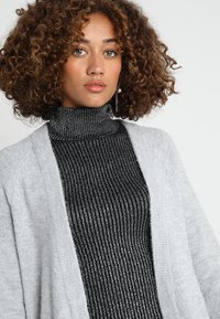 Zalando Essentials - Cardigan - mottled light grey - 3