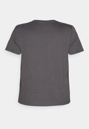 VMEDEN CURVE - Basic T-shirt - tornado