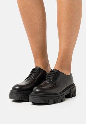 DEMER - Šněrovací boty - noir