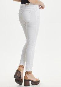 PULZ - PZROSITA - Jeans Skinny Fit - bright white - 3