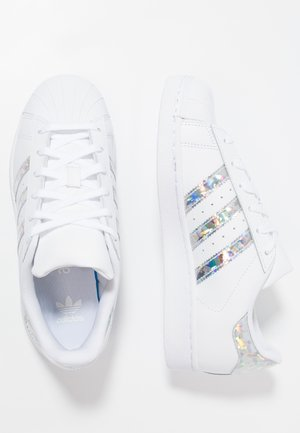 SUPERSTAR - Matalavartiset tennarit - footwear white
