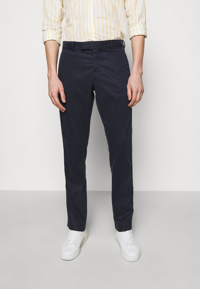 TAILORED TROUSERS - Tygbyxor - dark blue