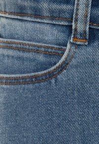 Molo - ALIZA - Bootcut jeans - mid blue wash - 2