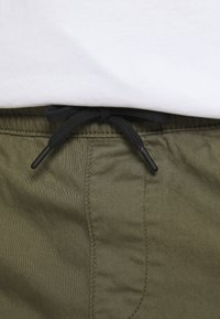Hollister Co. - JOGGER CORE - Trousers - olive - 3