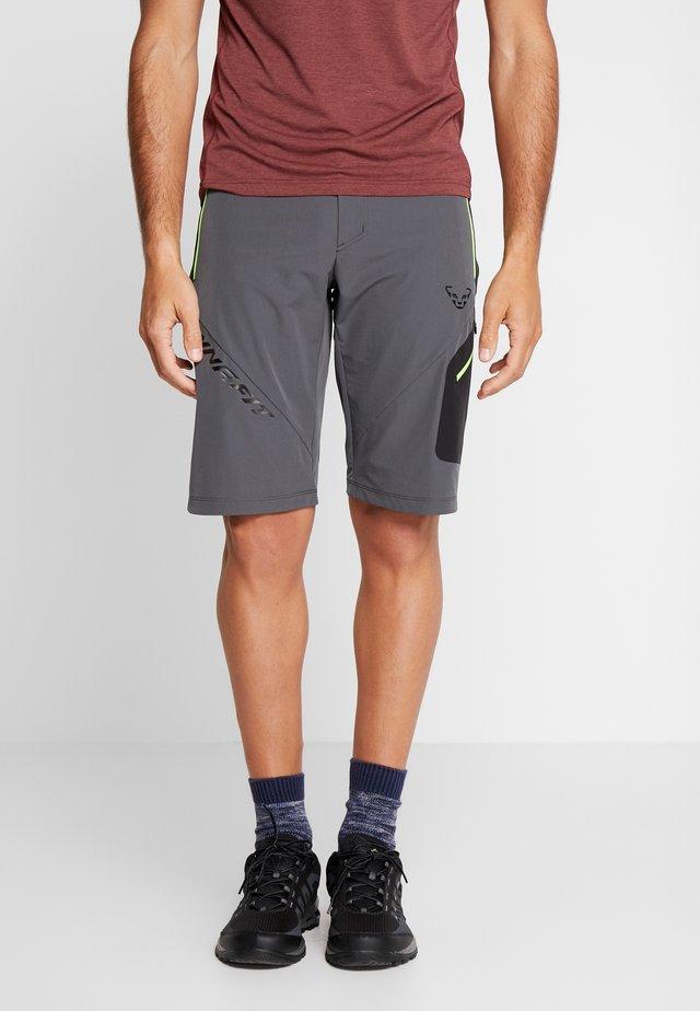 TRANSALPER SHORTS - Pantalón corto de deporte - magnet