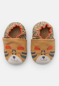 Robeez - AWESOME TIGER UNISEX - First shoes - camel - 0