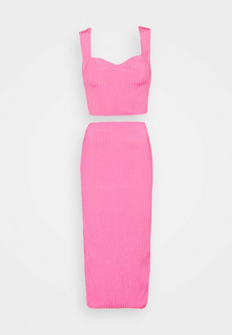 Missguided - SWEETHEART SET - Pouzdrová sukně - pink