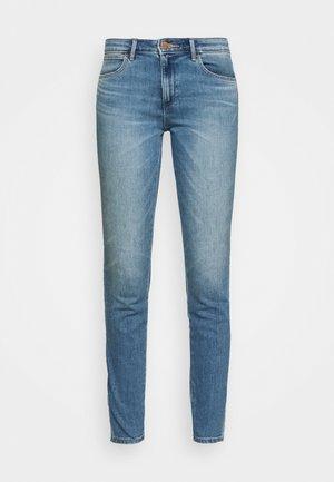 Slim fit jeans - sweet vintage