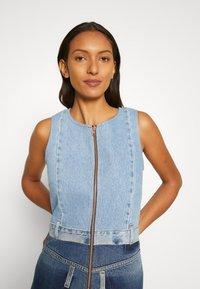 Desigual - Denimové šaty - blue - 3