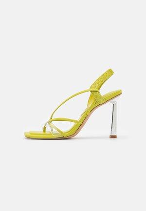 JULIET - Sandals - bright green