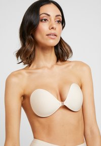 MAGIC Bodyfashion - BACKLESS BEAUTY - Stroppeløs-BH - nude - 3