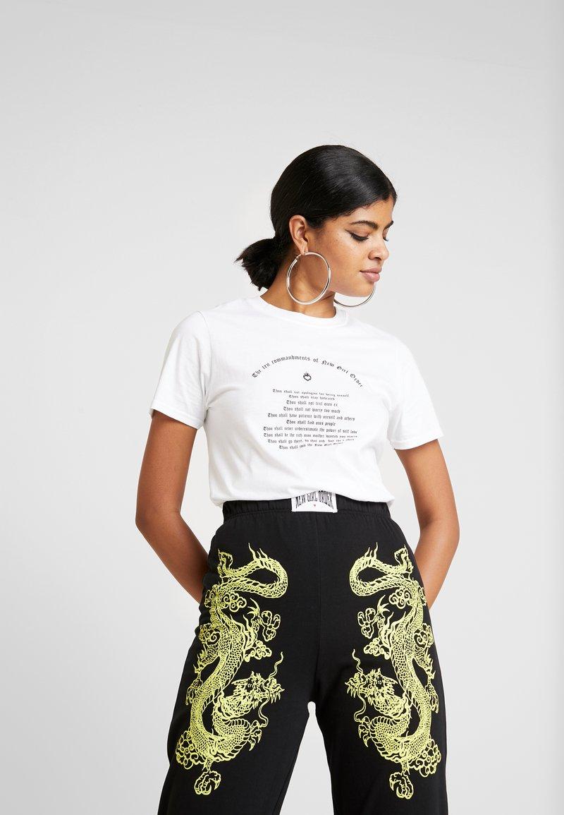 NEW girl ORDER - TEN COMMANDMENTS TEE - T-shirt med print - white