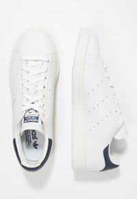 adidas Originals - STAN SMITH - Sneakers basse - white/dark blue - 1