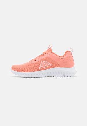 NIAM - Scarpe da fitness - flamingo/white