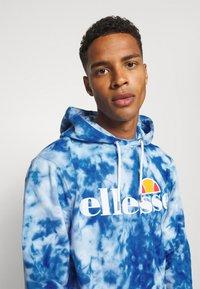Ellesse - GOTTERO TIE DYE HOODY - Sweatshirt - blue - 4