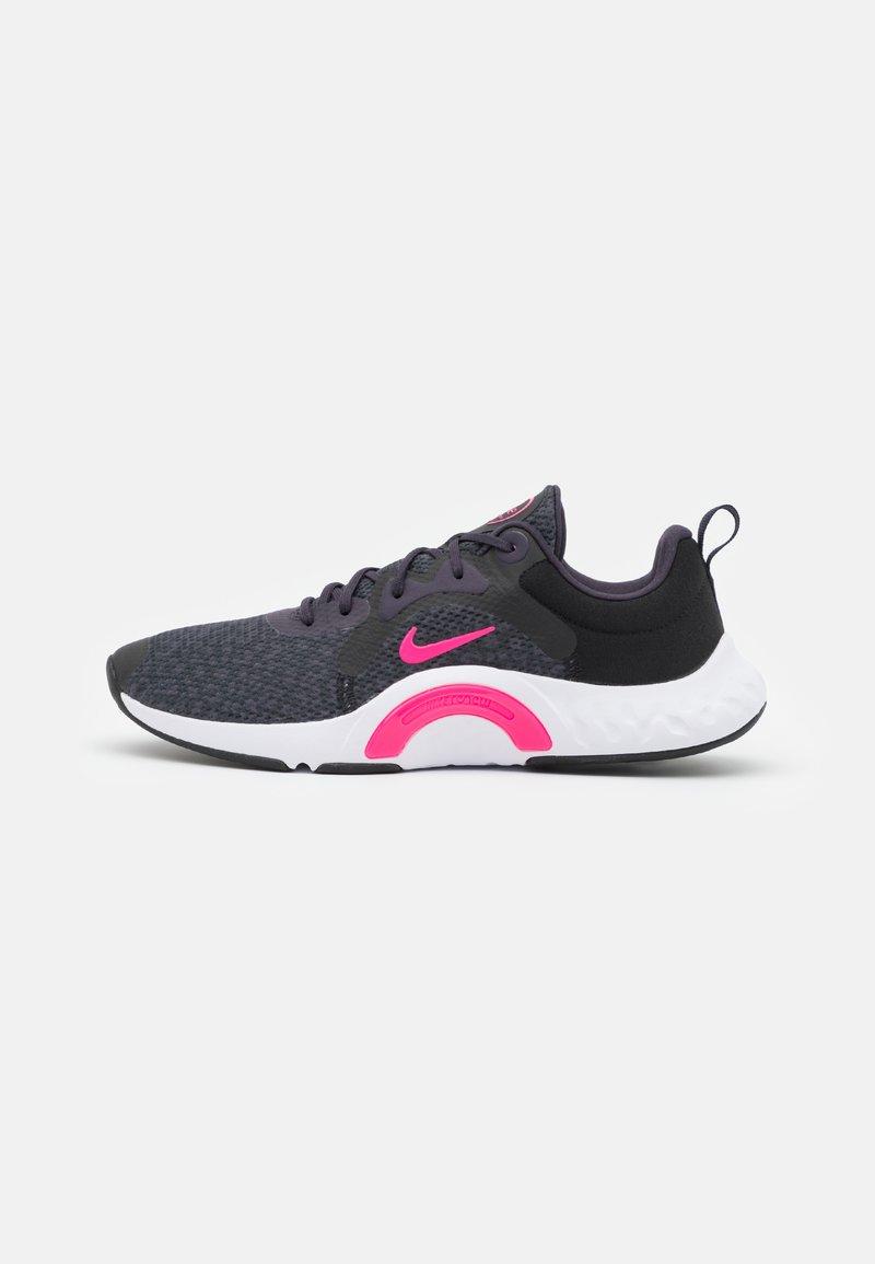 Nike Performance - RENEW IN SEASON TR 11 - Treningssko - black/hyper pink/cave purple/lilac/white/dark smoke grey