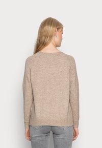 ONLY - LESLY KINGS - Sweter - beige melange - 2