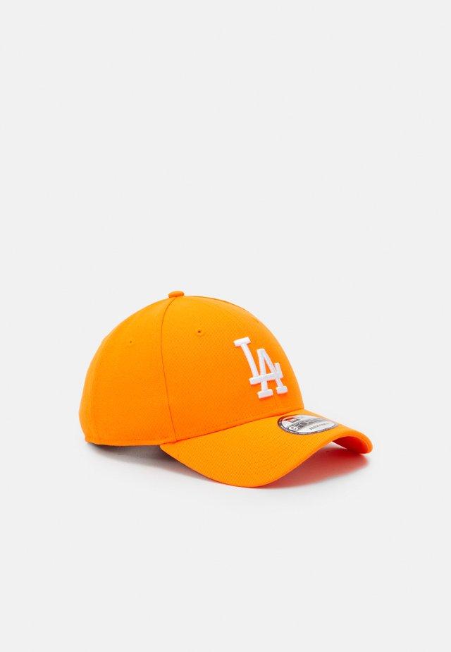 LEAGUE ESSENTIAL - Cap - neon orange