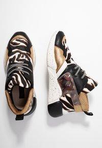 Colors of California - Höga sneakers - gold - 3