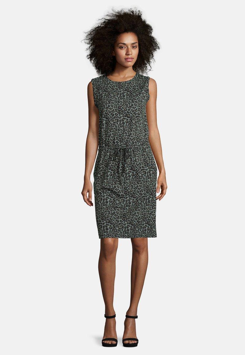 Cartoon - Jersey dress - grün/schwarz