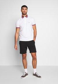 Pier One - Pantalon de survêtement - black - 1