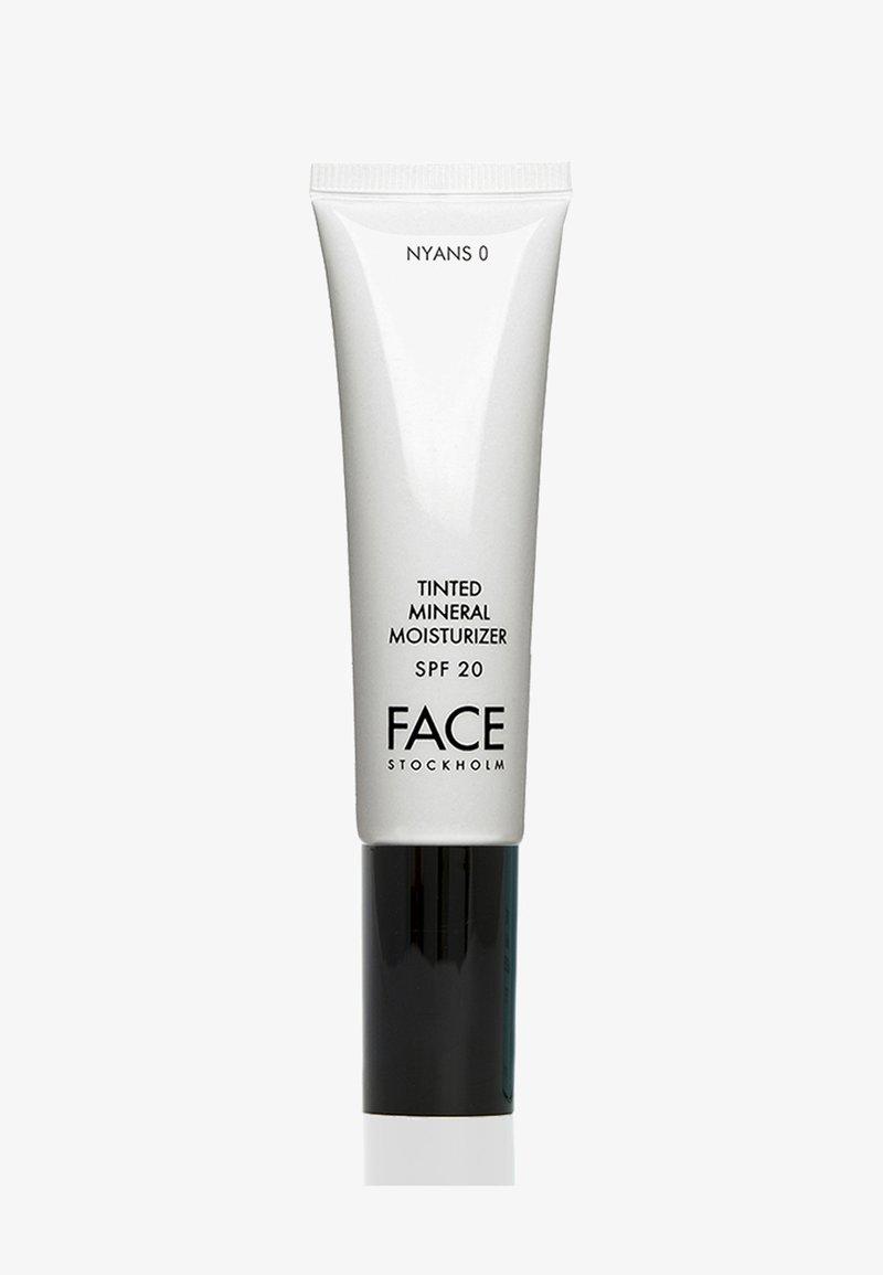 FACE STOCKHOLM - TINTED MINERAL MOISTURIZER - Tinted moisturiser - nyans 0