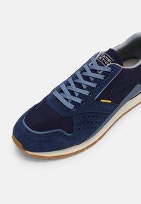 camel active - CLIFF  - Tenisky - navy blue - 4