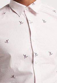 1904 - CURRAN DUCK SHIRT  - Print T-shirt - pink - 5