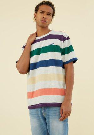 MOTIF RAYÉ - T-shirt z nadrukiem - fantaisie multicolore