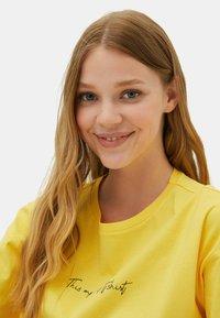 LC Waikiki - Print T-shirt - yellow - 3