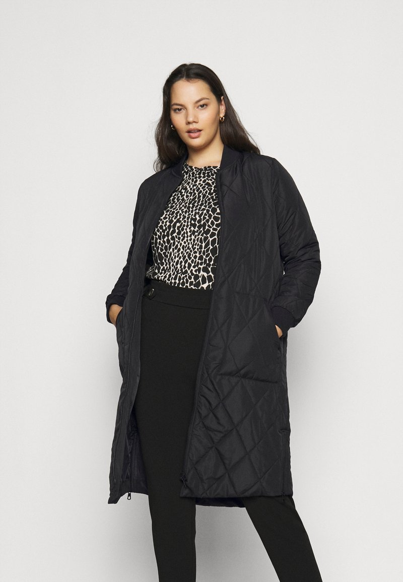 ONLY Carmakoma - CARCARROT LONG QUILTED JACKET - Classic coat - black