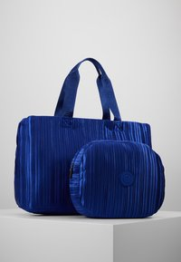 Desigual - DUFFLE BAG PLEATS BLUE - Sports bag - royal - 4