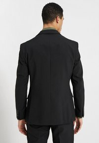 OppoSuits - KNIGHT - Completo - black - 3