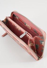 Cath Kidston - CONTINENTAL ZIP WALLET - Peněženka - dusty pink - 4