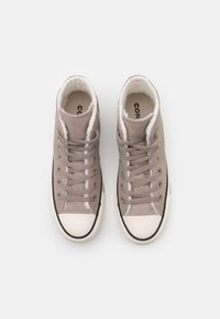 Converse - CHUCK TAYLOR ALL STAR  - High-top trainers - malted/egret - 5