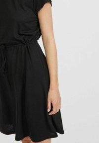 Vila - VIMOONEY STRING - Jersey dress - black - 3