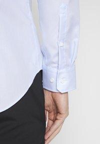 Seidensticker - BUSINESS KENT - Formal shirt - light blue - 3