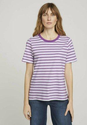 T-shirt print - lilac offwhite stripe