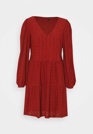 ONLFRIDA V NECK DRESS  - Robe en jersey - arabian spice